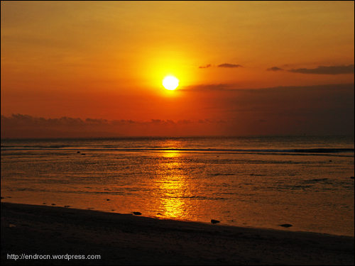 Perfect sunset at Bangko-Bangko or Desert Point