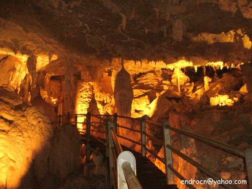 Show cave