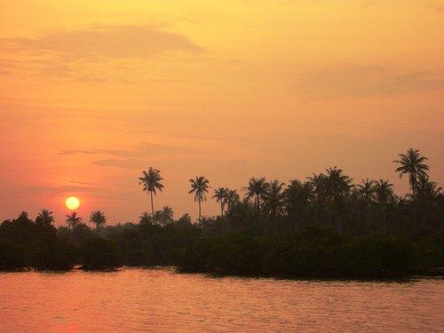 Sunset di Pulau Tunda