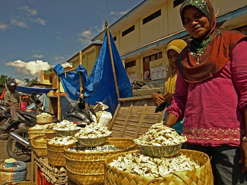 Pasar Tradisional: Saat Menjadi Diri Sendiri